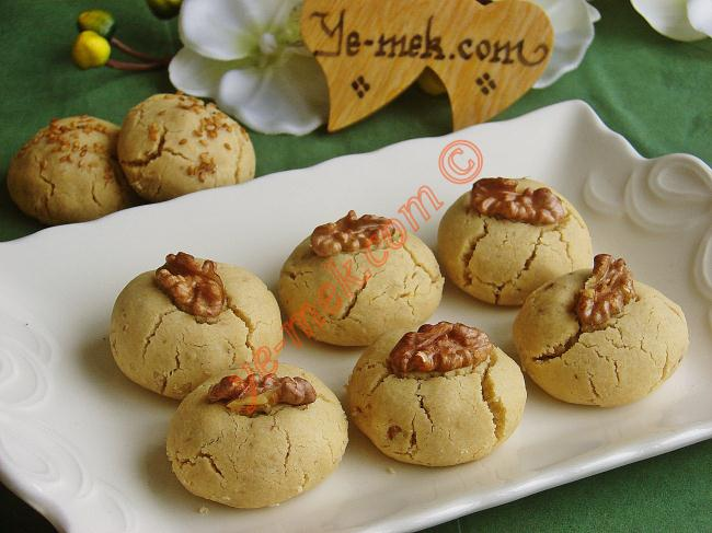Tahini (Sessame Oil) and Walnut Cookies | Recipes (From ...